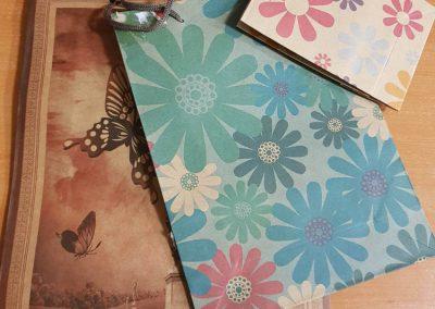 Подаръчни хартиени пликове-различни размери