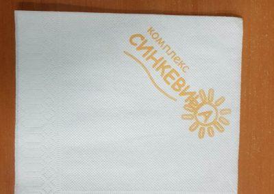 Салфетки бели меки 33/33,луксозни,1 пласт,с печат 1 цвят